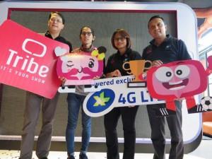 - XL TRIBE- (Ki-ka) Chief Brand & Customer Experience Officer XL, Nicanor V. Santiago; Brand Ambassador TRIBE dan sutradara muda, Angga Sasongko; Presiden Direktur XL, Dian Siswarini; dan Direktur Digital Service XL, Ongki Kurniawan; dalam acara peluncuran layanan video streaming 'TRIBE' di Jakarta, Jumat (18/3). Foto : IST/ANING KARINDRA
