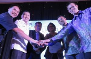 - XL-MNC : (Ki-Ka) Deputi CEO MNC SkyVision, Yudha Wibawa; CEO MNC Group, Hary Tanoesoedibdjo; CEO MNC SkyVision, Rudi Tanoesoedibjo; CEO XL, Dian Siswarini; Direktur Digital Service XL, Ongki Kurniawan; Chief Startegic Partnership Officer XL, Johnson Chan; dalam acara penandatanganan kerjasama strategis antara PT MNC Sky Vision Tbk ( MSKY) dan XL di Jakarta, Rabu (30/3). Foto : IST/ANING KARINDRA