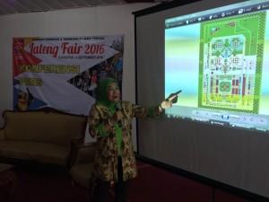 JATENG FAIR 2016- Direktur Utama PT PRPP, Titah Sulistyorini, Rabu (6/4), tengah memaparkan rencana kegiatan Jateng Fair 2016, yang akan digelar di PRPP mulai 5 Agustus - 4 September 2016 mendatang. Foto : ANING KARINDRA