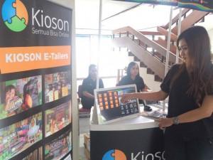 - KIOSON- Kioson menawarkan aplikasi digital sebagai solusi transaksi belanja online bagi masyarakat. Foto : ANING KARINDRA