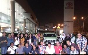 - KOMUNITAS FORTUNER- Anggota Semarang Fortuner Community (SFC), Sabtu (9/4), mengadakan pertemuan rutin bulanan di sekretariat yang berada di Nasmoco Siliwangi Semarang. Foto : ANING KARINDRA